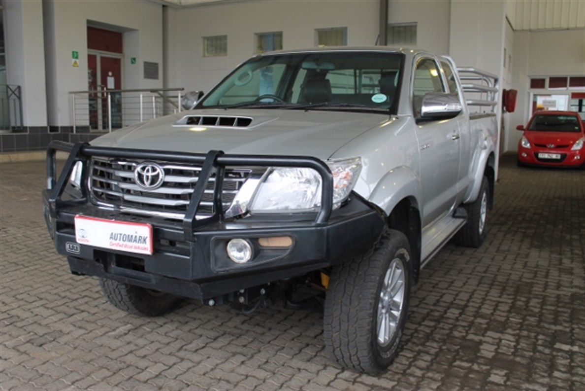 Certified Used Toyota >> 2013 Toyota Hilux (Facelift II) 3.0 D-4D Raider Xtra Cab ...